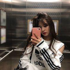 Nakyung - New Site Ulzzang Girl Fashion, Ulzzang Korean Girl, Cute Korean Girl, Ft Tumblr, Swag Girls, Foto Casual, Uzzlang Girl, Beautiful Asian Girls, Aesthetic Girl