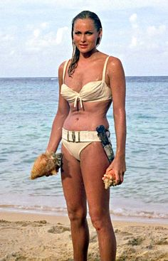 Ursula Andress Honey Ryder James Bond Girl bikini maillot de bain