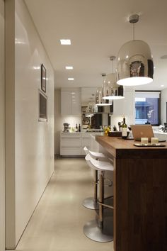 Casa Forma redeveloped this sq foot lateral apartment for a young family living in Kensington whilst at the same time being suitable enough as an entertaining space. Decor Interior Design, Interior Styling, Kensington Place, Lunch Room, Contemporary Design, Contemporary Kitchens, Kitchen Modern, Home Bedroom, Portfolio Design