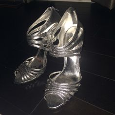 Nina shoes These dark grey silver shoes were worn two times. Fantastic condition and comfortable. 👠 Perfect for a wedding! Nina Shoes Heels