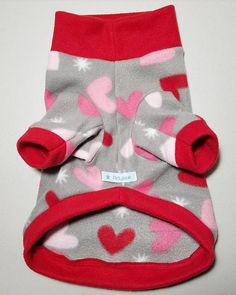 I woof you fleece sweater with cute hearts print, lined with bright red. Soft stretchy fleece. Collar can be folded or worn up for extra warmth. *Special sale price $23.00 Measurements : Regular length Neck- 13-16 inches Chest - 20-24 inches Length - 14.5 inches Long length Neck- 13-16