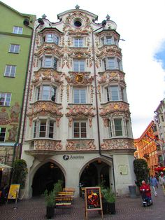 Helblinghaus - Picture of Helblinghaus, Innsbruck Innsbruck, Beautiful Buildings, Beautiful Places, Montenegro, Austria Country, Vienna Austria, Tyrol Austria, Travel Around The World, Travel