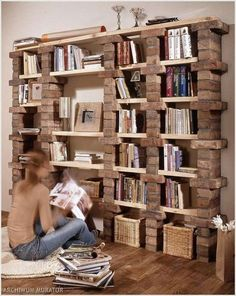 39 casual bookshelf design ideas to decorate your room .- 39 casual bookshelf design ideas to decorate your room # bookcase - Diy Bookshelf Design, Bookshelf Ideas, Bookshelf Decorating, Decorating Ideas, Decor Ideas, Diy Ideas, Diy Shelving, Bookshelf Styling, Storage Shelves