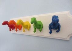 Upcycled Toy Wandhalter mit Rainbow Dinosaur Kleiderhaken Upcycled Toy Wandhalter mit Rainbow Dinosaur Kleiderhaken Upcycled Toy Wall Peg Rack with Rainbow Dinosaur Clothes Hooks Source by myidealpins Diy For Kids, Crafts For Kids, Dinosaur Bedroom, Dinosaur Room Decor, Dinosaur Toys, Dinosaur Kids Room, Dino Toys, Dinosaur Head, Craft Projects