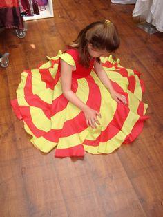 Robe spirale en rouge et jaune