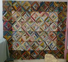 "string quilt - love the contrast of ""low volume"" strings in the center bordered by deeper colors"