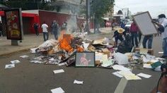 #SOSPORMÉXICO #FreeNestora. En Oaxaca incendian archivos, computadoras, material electo… http://ift.tt/1Ih2KOS