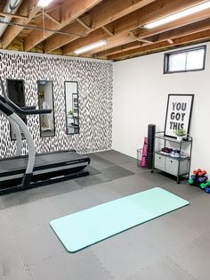 Home Gym Basement, Home Gym Garage, Diy Home Gym, Gym Room At Home, Home Gym Decor, Best Home Gym, Basement Remodeling, Home Gyms, Unfinished Basement Bedroom
