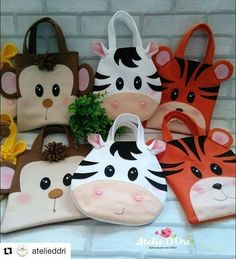 Baby Sewing Projects, Sewing For Kids, Diy For Kids, Felt Kids, Doll Carrier, Animal Bag, Felt Purse, Fabric Bags, Kids Bags