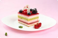 Pistachio, mascarpone and red fruits entremet (can't get enough of those layers!!)