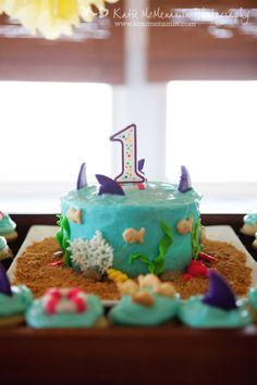 ocean-themed cake