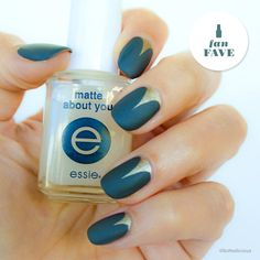 @SoNailicious brushes on a velvet matte mani with 'power clutch' for a look that shoots for the moon.