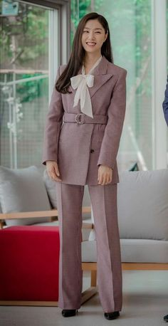 Her precious smile😁💖 Seo Ji Hye, Kpop Mode, Mode Kawaii, Kpop Fashion Outfits, Korean Actresses, Korean Celebrities, Office Outfits, Korean Beauty, Classy Outfits