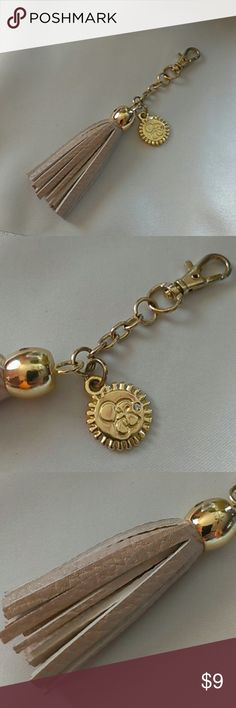 Fashion Key Chain Fashion Key Chain, color gold and white OS Accessories