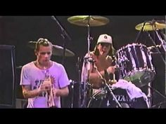 ▶ Nirvana - Smells Like Teen Spirit with Flea (RHCP) [Live At Hollywood Rock Festival] - YouTube