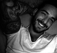 Maluma tells us the meaning of his tattoos (Video) - Tattoo Ideas & Trends Mode Masculine, Maluma Pretty Boy, Latin Men, Tattoo Videos, Le Male, Inked Men, Perfect Boy, Getting Wet, Attractive Men