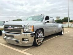 Chevy dually.. 54 Chevy Truck, New Chevy, Chevy Pickup Trucks, Chevy Pickups, Chevrolet Trucks, New Trucks, Chevrolet Silverado, Custom Trucks, Cool Trucks