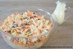 De keuken van Martine: Salade van witte kool, wortel, rozijnen en cashewnoten
