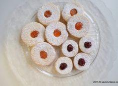 Fursecuri fragede cu unt 3 2 1 Romanian Food, Pastry Cake, Unt, Doughnut, Cookie Recipes, Smoothie, Biscuits, Good Food, Easy Meals