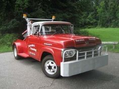 1960 Ford F-350 Tow Truck