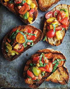 Fresh tomatoes from the back yard are one of my favorite parts of summer. Grill up some bruschetta Fresh tomatoes from the back yard are one of my favorite parts of summer. Grill up some bruschetta al fresco with this recipe its at the linkinbio . How To Make Bruschetta, Tomato Bruschetta, Bruschetta Recipe, Bruschetta Bread, Grilling Recipes, Cooking Recipes, Skillet Recipes, Cooking Tools, Menu Dieta