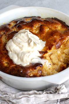 Hot Desserts, Winter Desserts, Pudding Desserts, Delicious Desserts, Dessert Recipes, Yummy Food, Desserts To Make, Apple Recipes, Sweet Recipes