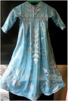 Elsa Costume, back and cape