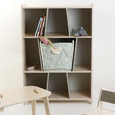 KUKUU boekenkast kinderkamer berken cacoa met poollicht speelgoedmand