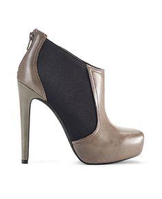 Jessica Simpson shoes #FashionStar