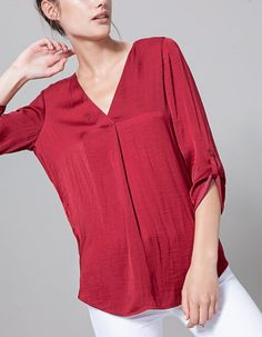At Stradivarius you'll find 1 V neck long shirt for woman for just 17.95 Spain . Visit now to discover this and more BLOUSES.