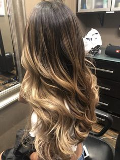 20 Gorgeous Blonde Hair Color Trends For Fall 2019 – We have the latest on how to get the haircut, hair color, and hairstyles you want for the season! 20 Gorgeous Blonde Hair Color Trends For Fall 2019 42 Fantastic Dark Blonde Hair Color Ideas Brown Ombre Hair, Brown Blonde Hair, Ombre Hair Color, Hair Color Balayage, Brunette Hair, Hair Highlights, Blonde Color, Hair Colors, Balayage Brunette