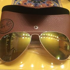 Authentic Ray-Ban new matte gold mirrored aviators New Authentic Ray-Ban Sunglasses #RB 2140 112/93 50[]22 3N Made in Italy 100% Authentic and brand new with Ray-Ban box, case, cleaning cloth & literature.  Made in Italy Frame color gold. Ray Ban Style Aviator unisex Designer sunglasses In original case Brown Mirror Gold Comes with Ray-Ban box, Ray-Ban case, Ray-Ban cleaning cloth and Rayban litature on care etc-. Make a offer. Purchased from Rayban website $190.00+ sh original price or…