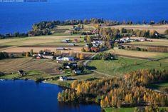 Etelä-Pohjanmaa, Vimpeli, Lappajärvi, Pokela, Pokelanniemi - http://www.vastavalo.fi/ilmavalokuva-ilmakuva-pokela-316480.html | Finland