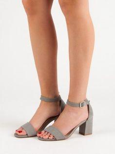 Semišové sandále na stĺpci Vinceza Heeled Mules, Peep Toe, Heels, Fashion, Heel, Moda, Fashion Styles, High Heel, Fashion Illustrations