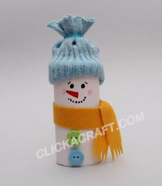 Second Chance to Dream: 15 Kids Winter Crafts When the days are long and dark you need something fun and creative. Here are 15 Kids Winter Crafts you can make to keep the kiddos busy. Snowman Crafts, Yarn Crafts, Holiday Crafts, Paper Crafts, Toilet Paper Roll Art, Rolled Paper Art, Winter Crafts For Kids, Winter Theme, Winter Christmas