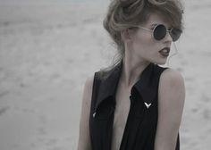 Fotografia MIGUEL VIDAL diseño de vestuario MARIA ABILLEIRA maquillaje y peluqueria XELA VAZQUEZ modelo SARA