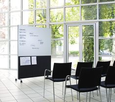Workstation screen / office whiteboard ALUMI COMBI By Abstracta design Nina Jobs Office Screens, Office Room Dividers, Partition Screen, Room Divider Screen, Room Screen, Buy Office, Office Workstations, Magnetic White Board, Stackable Chairs