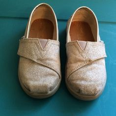 Kids Toms Kids Classic fit...silver sparkle...size 9M TOMS Shoes Flats & Loafers