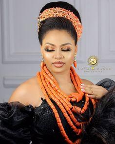 Nigerian Traditional Wedding, Traditional Wedding Attire, African Lace Dresses, African Fashion Dresses, Nigerian Fashion, Bridal Hair And Makeup, Bridal Beauty, Wedding Makeup, Igbo Bride
