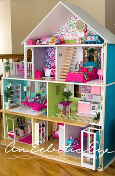 Free Plans for Building A Barbie Doll House - Barbies! Free Plans for Building A Barbie Doll House - Girls Dollhouse, Dollhouse Dolls, Dollhouse Ideas, Homemade Dollhouse, Bookshelf Dollhouse, Homemade Barbie House, American Girl Dollhouse, Dollhouse Miniatures, American Doll House