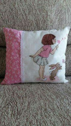 Sweet Home: Coppia Meraviglioso Belle and Boo Cushion Embroidery, Hand Embroidery Patterns, Baby Embroidery, Cross Stitch Embroidery, Cross Stitch Cushion, Cross Stitch Rose, Cross Stitch Baby, Cross Stitch Designs, Cross Stitch Patterns