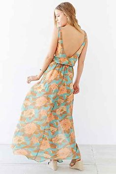 Show Me Your Mumu Kendall Maxi Dress - Urban Outfitters