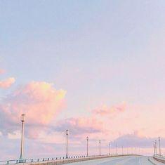 ─── ·  ·  ·  · ✦ 𝔱𝔥𝔢 𝔞𝔩𝔠𝔞𝔱𝔯𝔞𝔷 Sky Aesthetic, Aesthetic Grunge, Look At The Sky, Pretty Sky, Golden Hour, Vintage, Minimal, Sunnies, Skyline