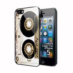 retro clear casette tape Apple iPhone 5 Black case cover, US $16.89.      This has to be my favorite case on here so far