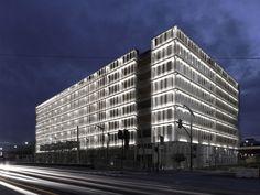 gateway-building-23b-ucsf-by-stanley-saitowitz-natoma-architects-inc-07-1280.jpg (1280×960)