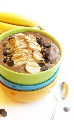 Healthy and delicious Chocolate Peanut Butter Smoothie Bowl Chocolate Peanut Butter Smoothie, Peanut Butter Cups, Decadent Chocolate, Delicious Chocolate, Chocolate Delight, Muscle Food, Yummy Smoothies, Smoothie Recipes, Diet Recipes