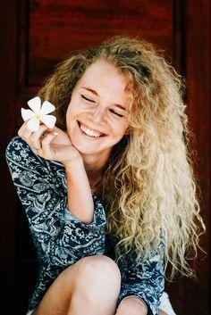 Красивая девушка и цветок. Follow me on Instagram @chebesovfilms Gili Air, Around The Worlds, Dreadlocks, Hair Styles, Flowers, Beauty, Beautiful, Instagram, Hair Plait Styles