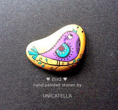 painted stone by Unicatella  #bird #paintedstone #unicatella #
