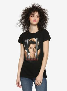 Riverdale Archie Bars Girls T-Shirt Hot Topic Exclusive Riverdale Poster, Riverdale Archie, Riverdale High School, Riverdale Shirts, Archie Andrews, Dragon Girl, Rose Girl, Girls Crop Tops, Bath Girls