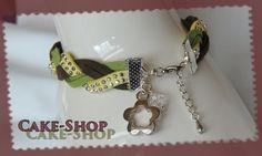Bracelet Jaune strass/Kaki/vert en suédine et breloque (M) : Bracelet par cake-shop-bijoux